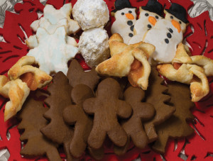 Close-up-of-christmas-cookies-2014